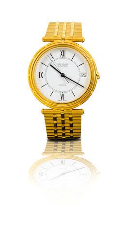 Van Cleef & Arpels. A fine 18ct gold wristwatch with calendar Ref: 17103, Case No.36233, Circa 1980s