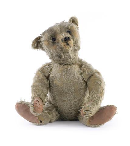 Steiff centre seam Teddy bear, circa 1909