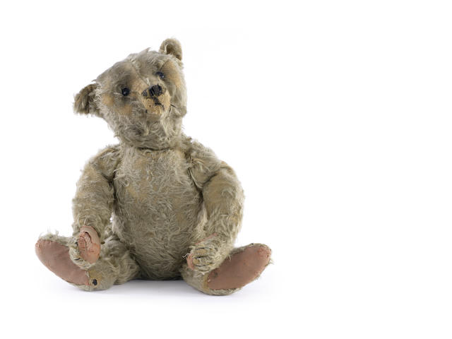 Steiff centre seam Teddy bear, circa 1909