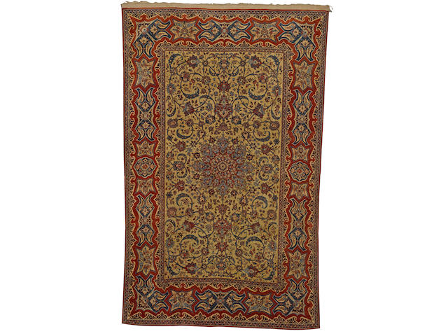 An Isfahan rug Central Persia, circa 1900, 215 x 134cm. (84 5/8 x 52 3/4in.)