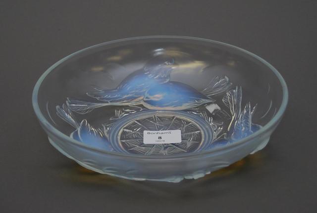 A French Ezan glass bowl