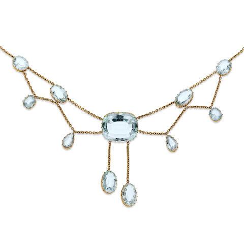 An early 20th century aquamarine fringe necklace
