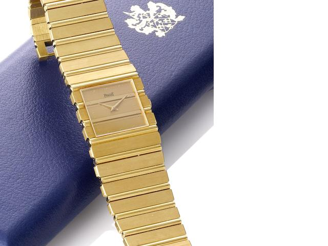 Piaget. A fine 18ct gold bracelet watch with factory box and original guarantee papers Serial No.9131C701521701, Sold 27th March 1993
