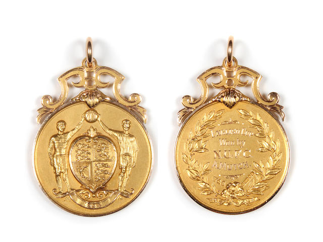 1924 F.A. Cup Winners Medal presented to Newcastle's A.Mutch