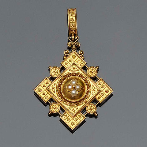 An Archaeological Revival pendant
