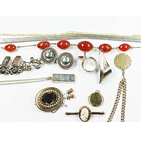 A flattened curb link bracelet, hung with a circular pendant, inscribed and dated 1959, and stamped '750', a bar brooch, stamped '9' applied with an oval shell cameo carved with a portrait bust, a Victorian oval gold brooch set centrally with an amethyst within a half pearl frame and rope twist borders, rope of cultured pearls graduated from the centre, agate bead necklace, plain circular hinged locket and pair of earstuds, stamped '9ct' silver ingot and chain, articulated link necklace, two pairs of ear clips, earrings, cufflinks and dress ring.
