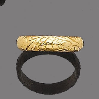 A gold posy ring,