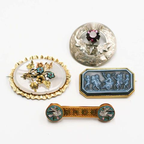 Four brooches, (4)