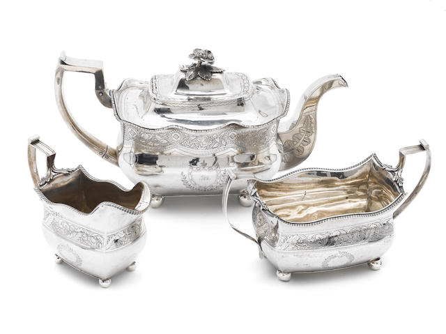 A William IV silver teapot, by William Nolan, Dublin 1834,  (3)