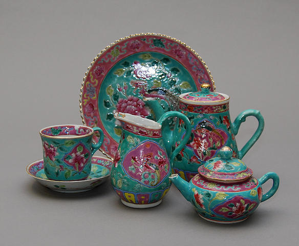 A Chinese porcelain famille rose tea set, 20th century