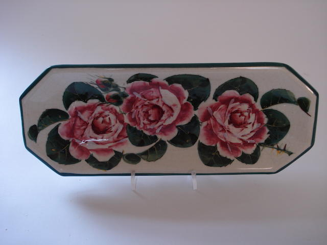 A Wemyss pen tray 'Cabbage Roses'