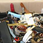 A large mixed lot of assorted watches.
