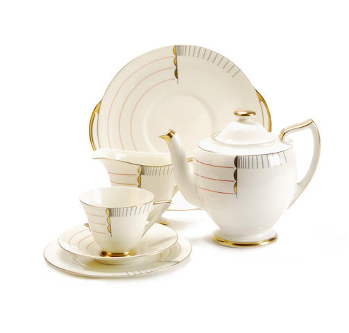 A Royal Doulton Fairey shape tea service in magna pattern