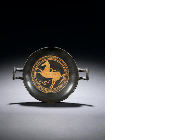 An Etruscan red-figure kylix