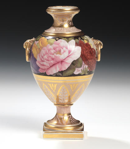 A good Flight, Barr and Barr vase, circa 1810