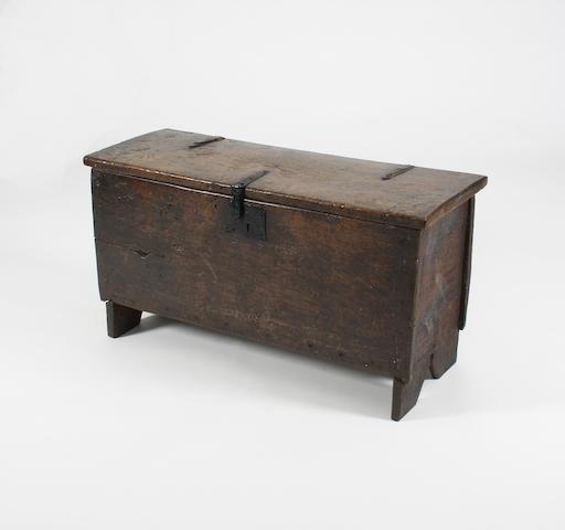 An Elizabethan oak boarded chest, circa 1600