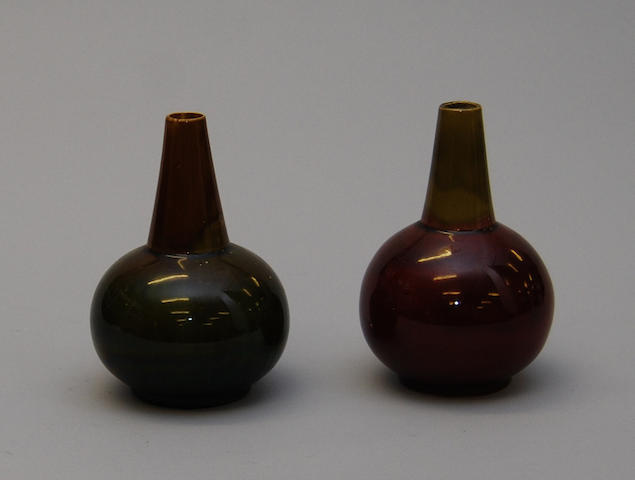 A pair of Dublin Vodrey pottery vases