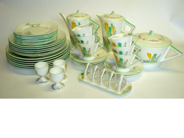 An extensive Shelley breakfast and dinner service