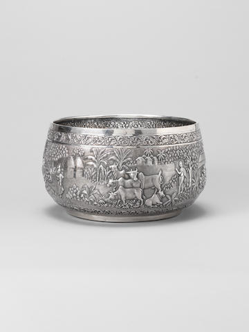 A fine silver Bowl by Grish Chunder Dutt, Calcutta, 1893