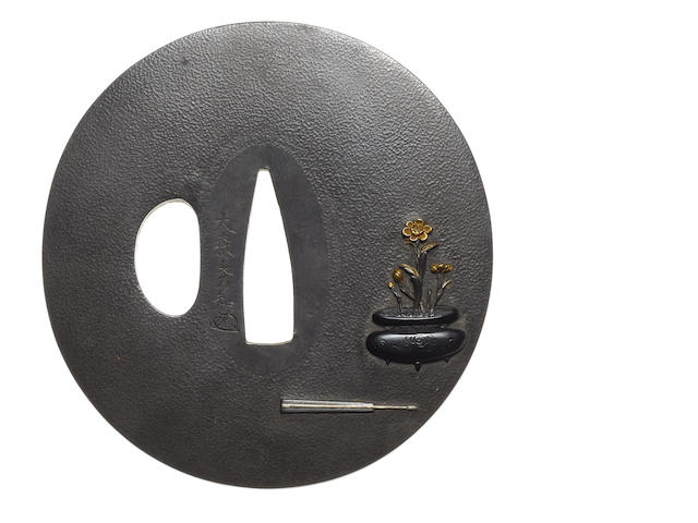 A shibuichi tsuba Omori School, late 18th/early 19th century
