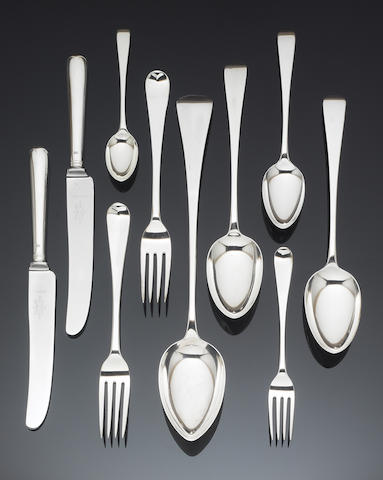 A William IV silver Old English pattern table service of flatware, the majority by William Chawner, London 1830 / 31,
