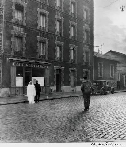 Robert Doisneau (French, 1912-1994) La Stricte Intimité, 1945 Paper 40.2 x 29.9cm (15 7/8 x 11 3/4in), image 27.2 x 24.1cm (10 5/8 x 9 1/2in)