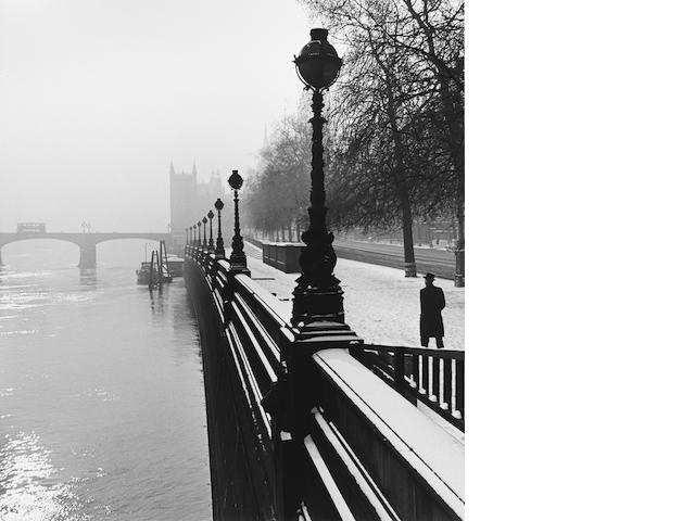 Wolfgang Suschitzky (British, born 1912) Embankment, London, 1947 Paper 50.4 x 40.5cm (19 7/8 x 16in), image 41.1 x 36.6cm (16 1/8 x 14 3/8in).