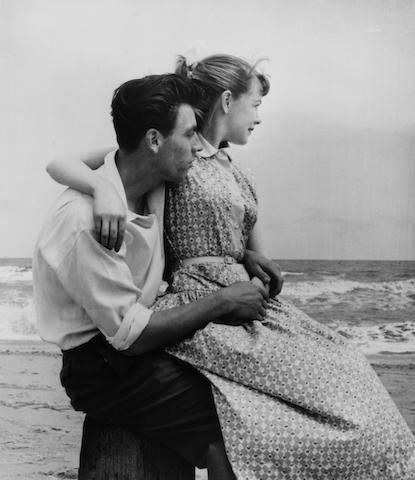 Grace Robertson (British, born 1930) Seashore, Butlins, Skegness, 1952 Paper 40.4 x 30.4cm (16 x 12in), image 32.1 x 28cm (12 5/8 x 11in)