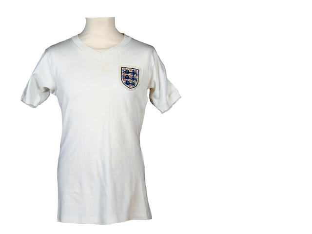 Bobby Moore No 6 shirt 1964 Umbro short sleeve