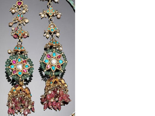 A pair of Indian gem-set gold Earrings (2)