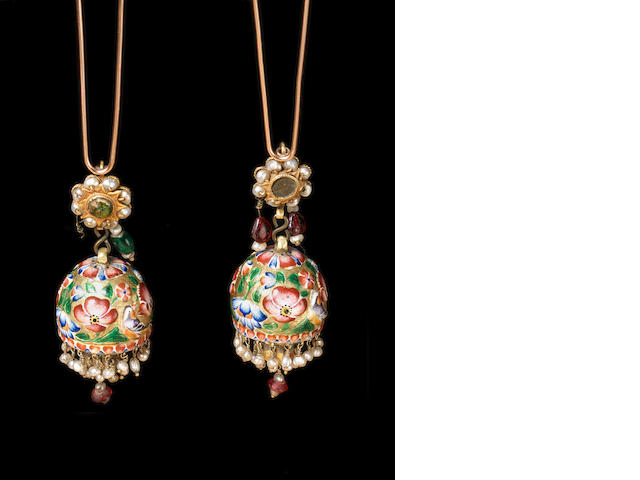 A pair of Qajar enamelled gold Earrings Persia, 19th Century(2)