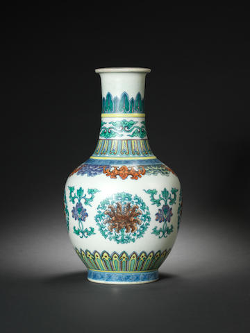 A doucai vase Early 19th century