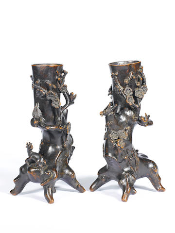 A pair of bronze 'prunus' vases 17th/18th century