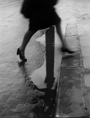 Willy Ronis (French, born 1910) Place Vend&ocircme, Paris, 1947 30 x 40cm (11 13/16 x 15 3/4in).