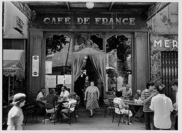 Willy Ronis (French, 1910-2009) Café de France, L'Isle sur la Sorgue, 1979