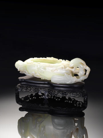 A fine large jade gourd-shaped brush washer 18th century