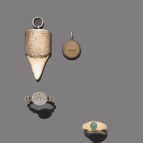A collection of antique jewellery (5) (partially illustrated)