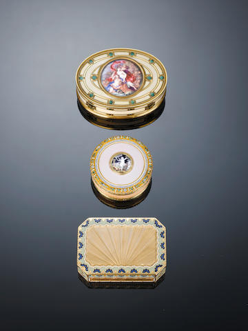 A late 18th/early 19th century Swiss gold and enamelled snuff box, maker's mark incuse M & P crowned and 20K, the rim stamped 274,