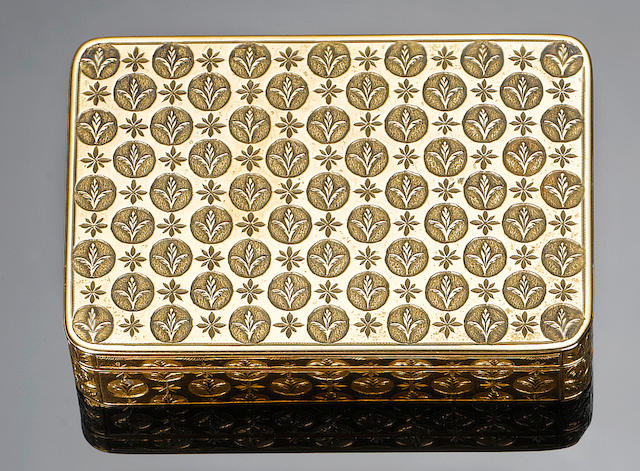An early 19th century Austrian eighteen carat gold snuff box, Vienna, circa 1825,