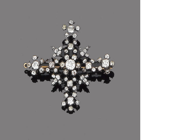 An early 19th century diamond cross brooch/pendant