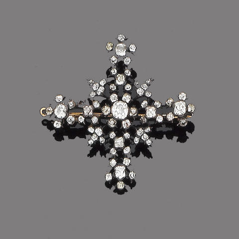 An early 19th century diamond cross brooch/pendant