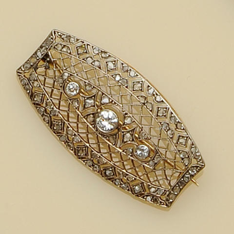 A diamond latticework brooch