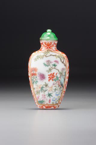 A 'famille-rose' porcelain 'floral' snuff bottle Imperial kilns