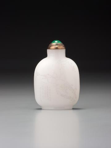 An inscribed white glass snuff bottle Zhou Honglai, 1903 (the bottle possibly Yuanhu, Zhejiang province, circa 1903)