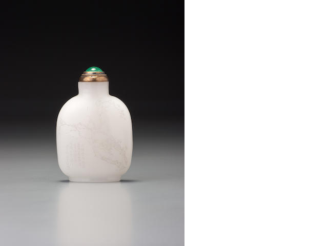 An inscribed white glass snuff bottle Zhou Honglai, 1903 (the bottle possibly Yuanhu, Zhejiang province, circa 1903)