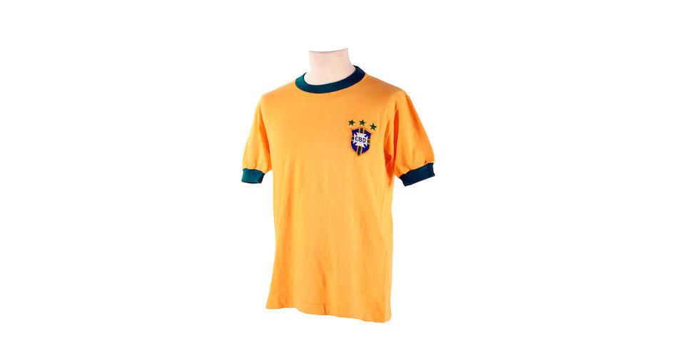 Pele's final international match worn shirt from 1971 (Brazil v Yugoslavia)