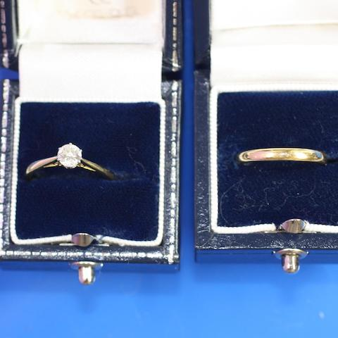 A diamond single stone ring, by Mappin and Webb and a gold band ring  (2)