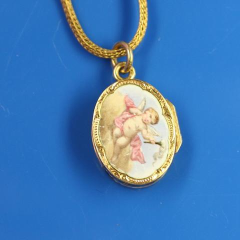 An enamelled vinaigrette pendant