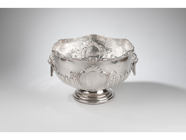 A late Victorian silver punchbowl David & Maurice Davis, retailed by Jays of Bond Street, Birmingham 1894