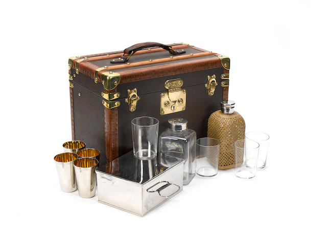Vuitton travelling drinks and sandwich set.